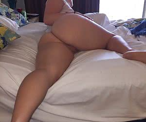 Big Butt And Curvy Hips