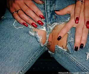 Related gallery: ripped-jeans (click to enlarge)